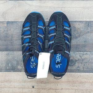 Speedo aqua water shoes  size 8 Mens